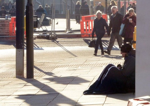 Christmas Helping Homeless.Help Is At Hand For Homeless People This Christmas