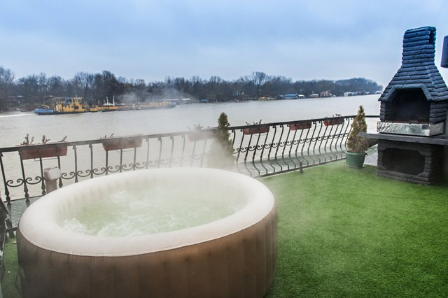 <p>Best inflatable hot tubs 2021.</p>