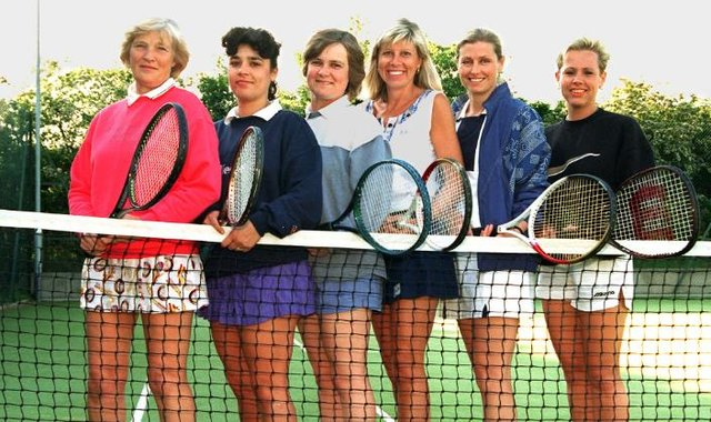 The Doncaster and Sheffield District tennis team in 1997.