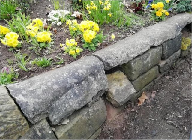 Stones are being stolen from Sandall Park. (Photo: FOSP).