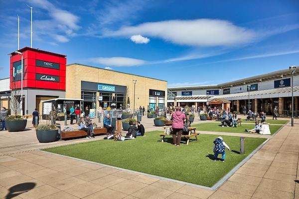 The Lakeside Village is currently in discussions with a number of potential new stores.
