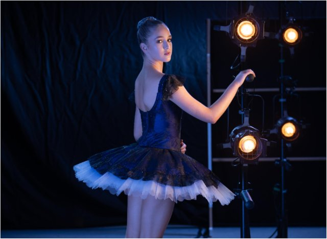 Rising ballet star Jessica Crompton is heading out on the road for a five week UK tour this summer. (Photo: ASH Photography).