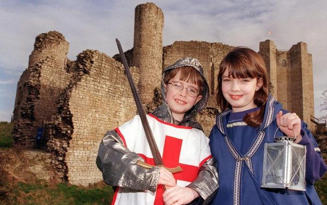 Siblings David and Catherine Bateson visited the castle in 2000 and got dressed up in medieval clothing.