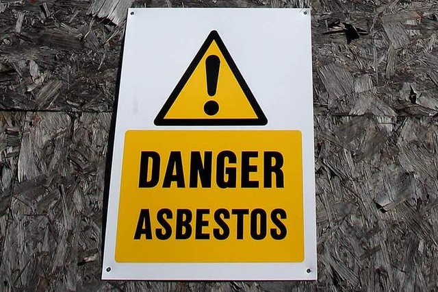 Exposure to asbestos can lead to mesothelioma, a type of cancer which affects the lining of some organs, including the lungs