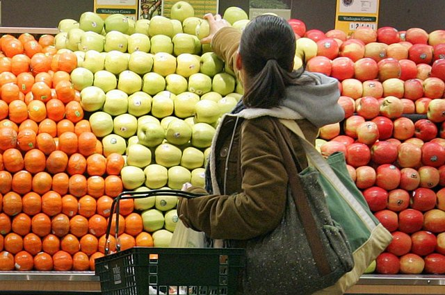Supermarket opening times over the bank holiday weekend.