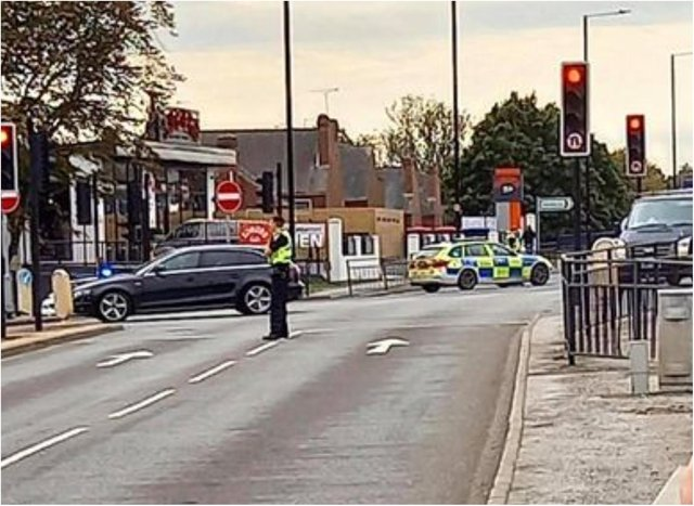 Police have sealed off Balby Road this afternoon after a serious stabbing.