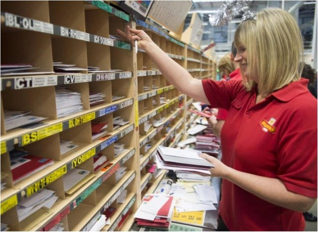 The Royal Mail has come up with its thumbs up initiative to support postal workers.