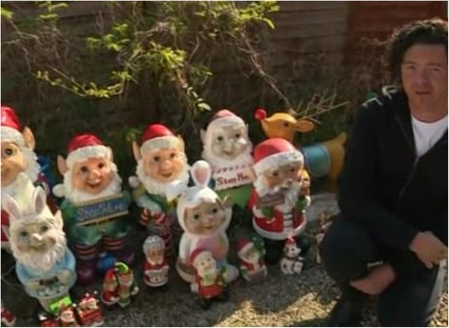Dave Robinson with his gnome collection. (Photo: ITV)