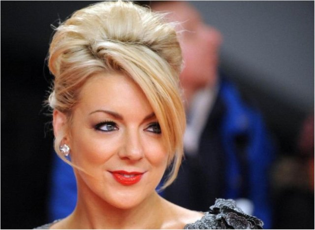 Sheridan Smith has split from her fiance of three years.