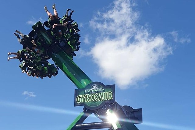 People ride the Gyrosaur at Gulliver's Valley (Photo: Gulliver's Valley)
